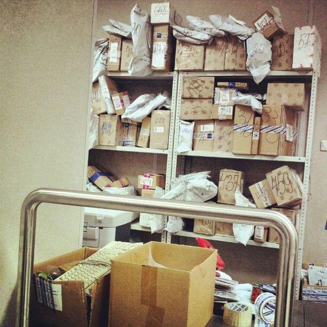со всей аккуратностью и бережливостью почтароссии относится к нашим почтовым отправлениям