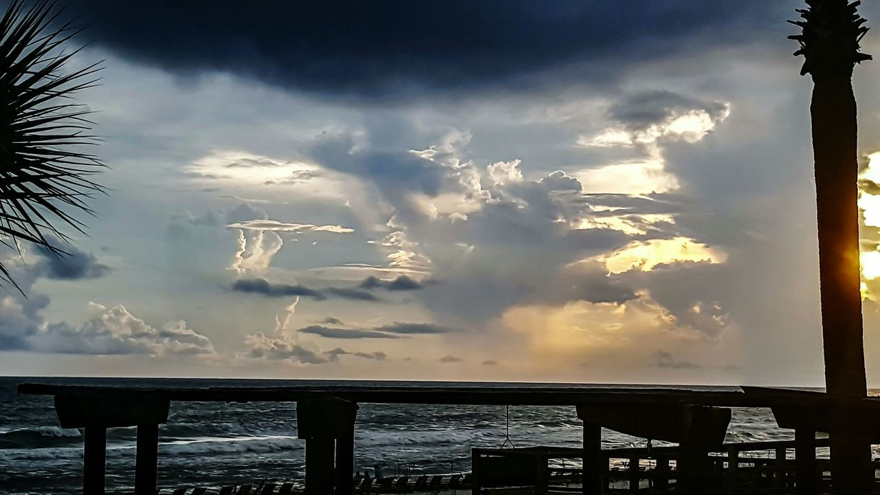 cloud - sky, tranquility, sea, sky, tranquil scene, no people, nature, day, water, scenics, outdoors, beauty in nature, horizon over water