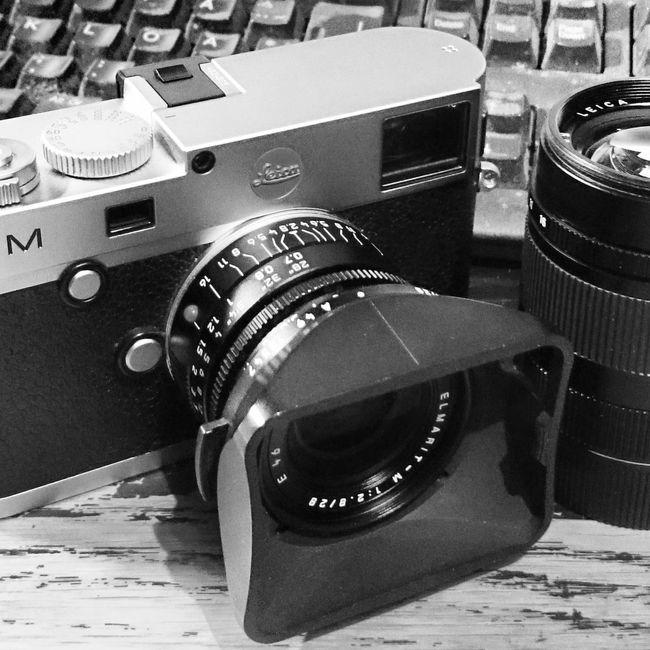 Lånat hem en Leica M kamera över helgen för att testa och lära mig. Leica Leicam Blackandwhite Black And White Black&white Taking Photos Sony Xperia Photography. Sonyxperiaz1 Sonyphotography Black & White Smartphonephotography Instagram Pic