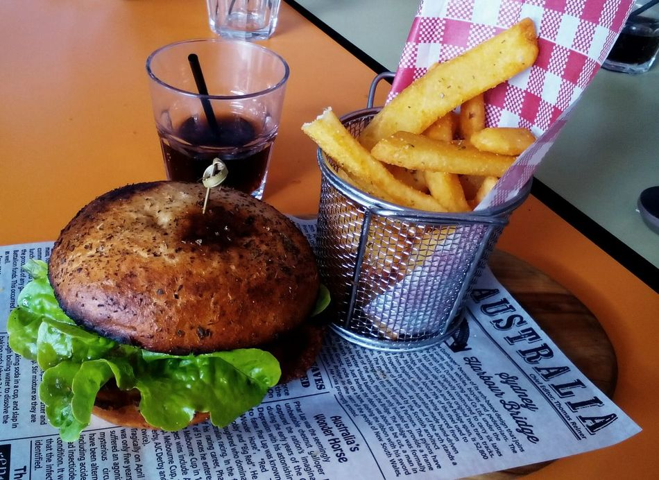 Food Unhealthy Eating Meal Fast Food Prepared Potato Ready-to-eat Australia & Travel Australian Food Hamburger Table Finding New Frontiers