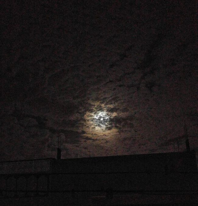 Moon Shots Night Beauty In Nature Cloud - Sky Lgg4photography. Moon And Clouds Karachi Latenight Eye4photography  Free LoveNature EyeEm Gallery