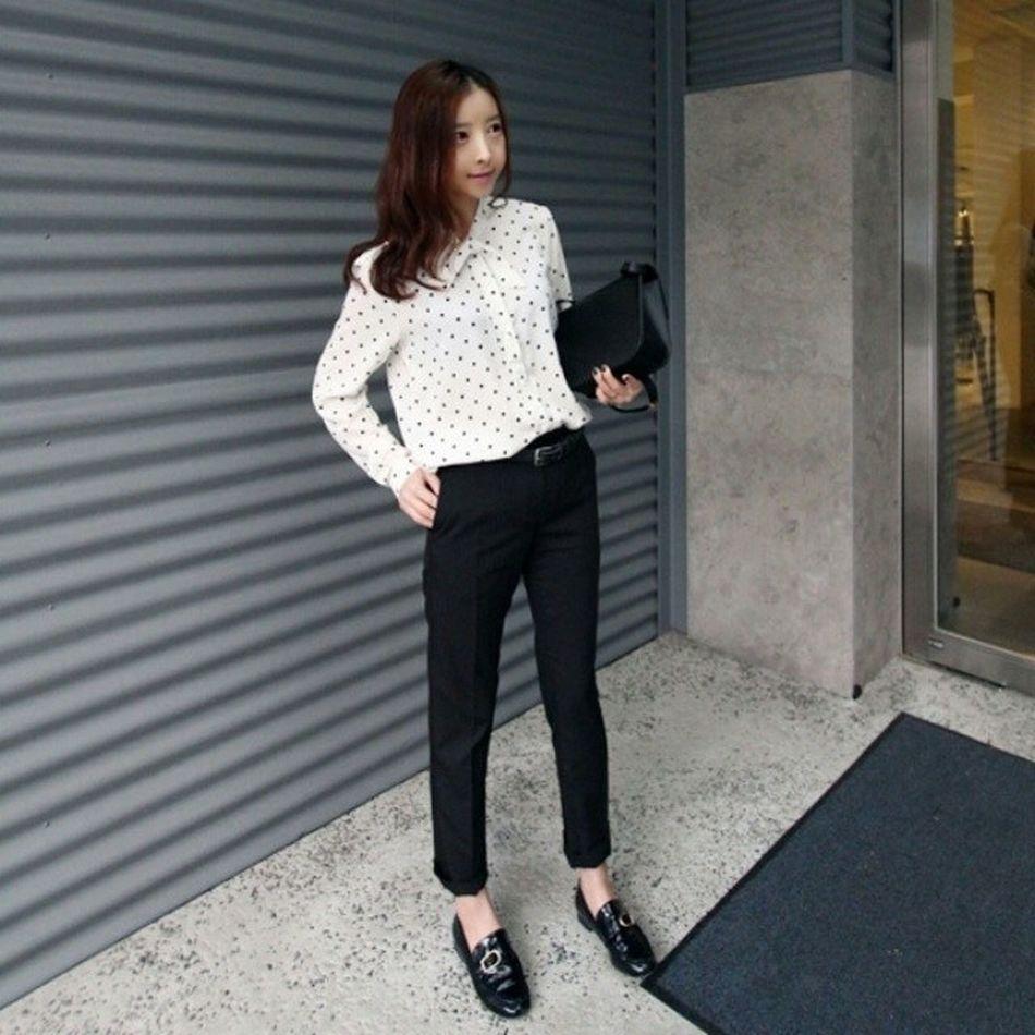 ➖ 도트블라우스 / 핏 예술 슬랙스 ? Dots Polka Blouse Slacks today ootd daily fashion photo loafers Celine classicbox
