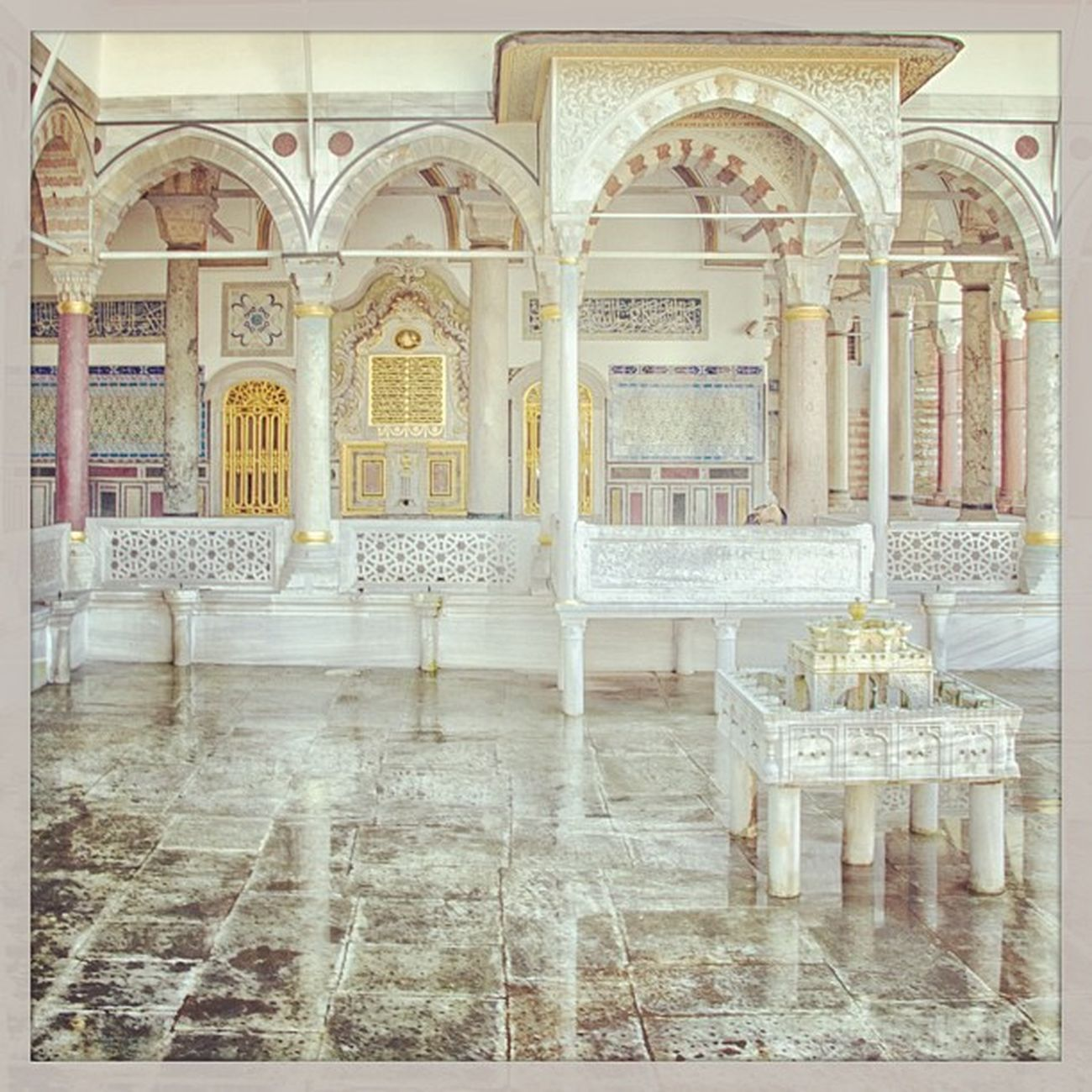 Topkapi Palace Topkapisarayi Saray architech mimari islam turkiye istanbul fatih