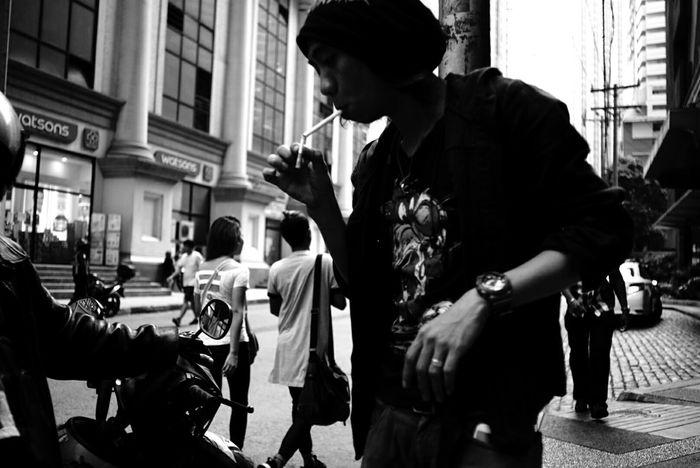 Eye4thestreets Blackandwhite Eye4blackandwhite Eye4enchanting EyeEm Gallery Eye4black&white  City Street Streetphoto Streetleaks Streetlifephotography . Welcome To Black The Street Photographer - 2017 EyeEm Awards The Portraitist - 2017 EyeEm Awards