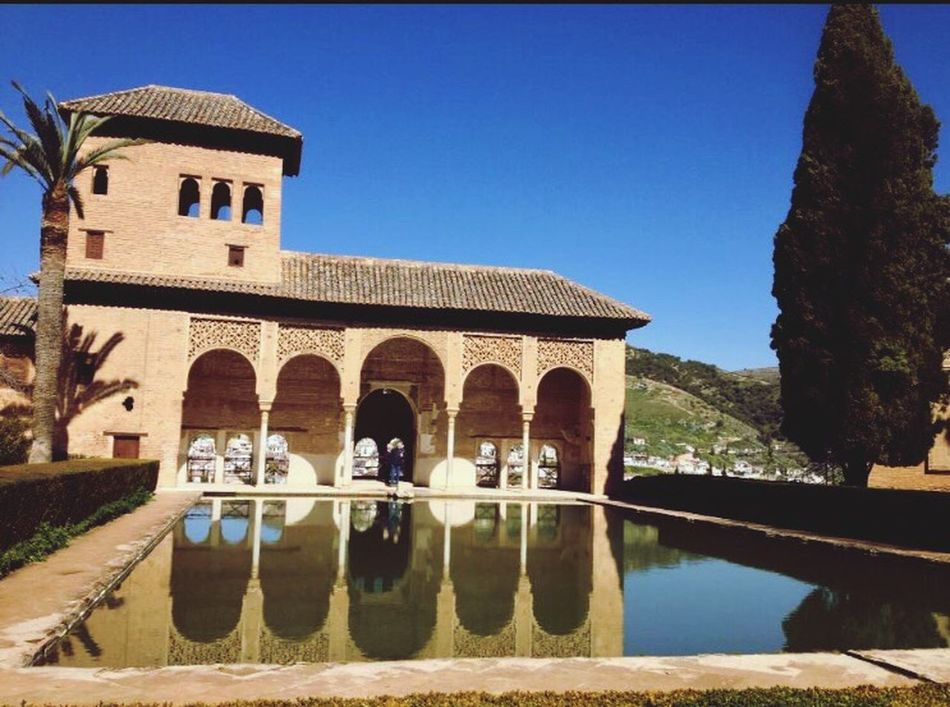 Alhambra De Granada  Palace Moorish Architecture Building Exterior Built Structure Piece Of Art Spain♥ Historical Building Ancient Architecture Tranquility Quietness Palace Of Culture Historical Landmarks Civilization Sight Is Beautiful Sight Seeing Tourist Attraction