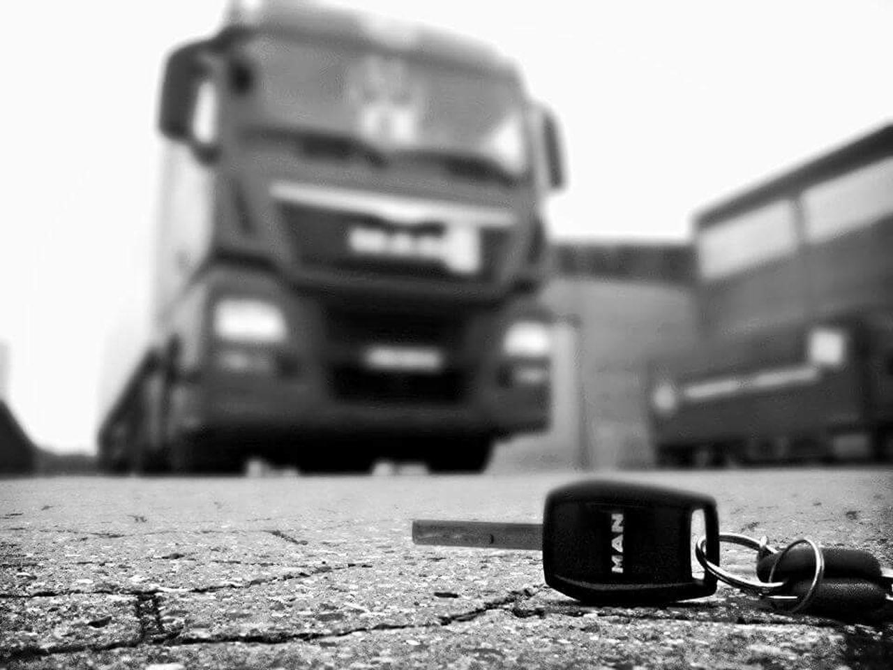 Transportation Close-up Land Vehicle Car No People Outdoors Commercial Land Vehicle Day Truck Truckerslife Trucks🚛🚒🚚⚠ Truckdriving Man Man Tgx Keys Keys Photography
