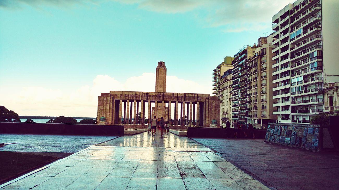 Lluvia En La Ciudad RosarioCity Rosario, Argentina Monumento Nacional A La Bandera Architecture City Rosario, Santa Fe Architecture City Travel Destinations Argentina💘 Monuments