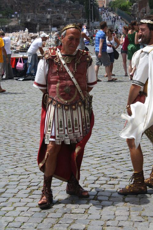 Coliseum Italia Richardgophoto Roma City Men People Real People