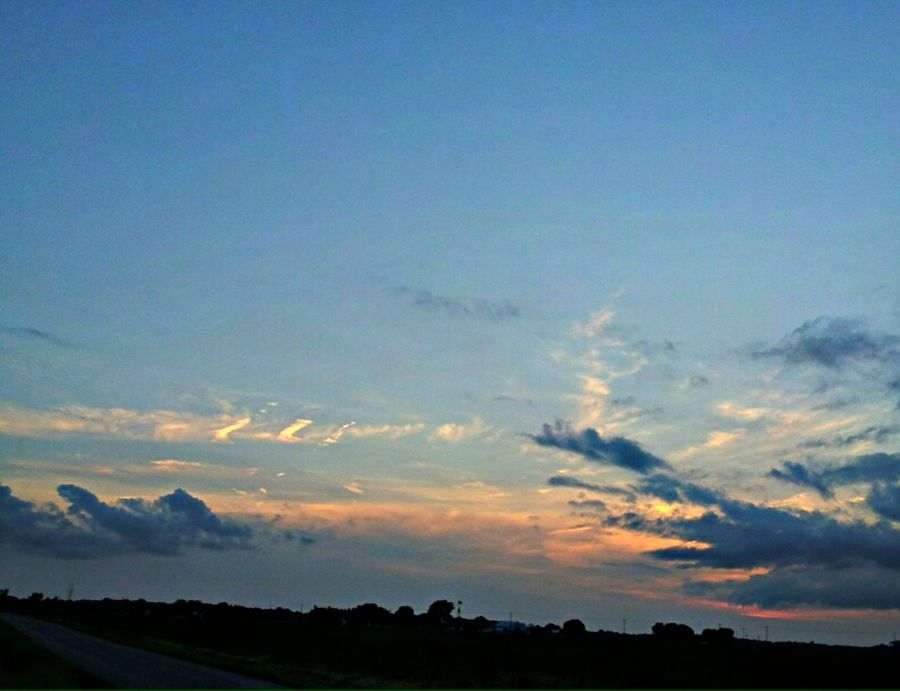 Sunset again ;) Sunset Nature Sky Enjoying The Sun Ohio Sun Blue Blue Sky Clouds And Sky White Clouds