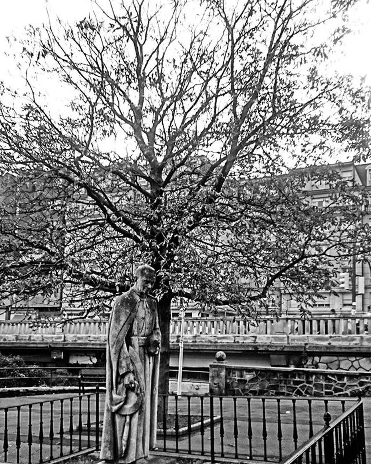 Deusto Bw Blackandwhite Blackandwhitephotography Bilbao Ilovebilbao Bilbaolovers Bilbosoul Verybilbao Visiteuskadi View Urban Landscape Landscape_lovers Igers Igersbilbao Webstagram Tagsforlikes Like4like All_shots Photooftheday Picoftheday Euskogram Euskadi Euskadigrafias Euskorincones loves_euskadi visiteuskadi total_euskadi turismo_euskadi