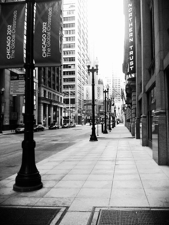 empty in Chicago by StphnGrtte