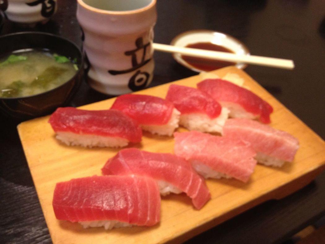 Tuna Sushi No People Textured  Close-up Sushi Sushi Time Tuna Tuna Sushi Maguro Raw Raw Food Japanese Food Japanese  Japanese Culture japanese style Red Fish Fish Meat Food Style Plating