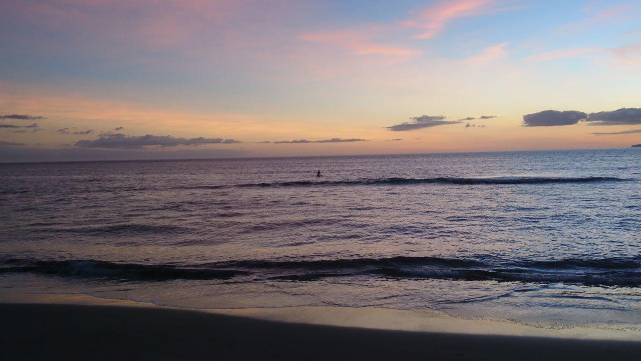 Paradise Hawaii Surfer Sunset Nofilter