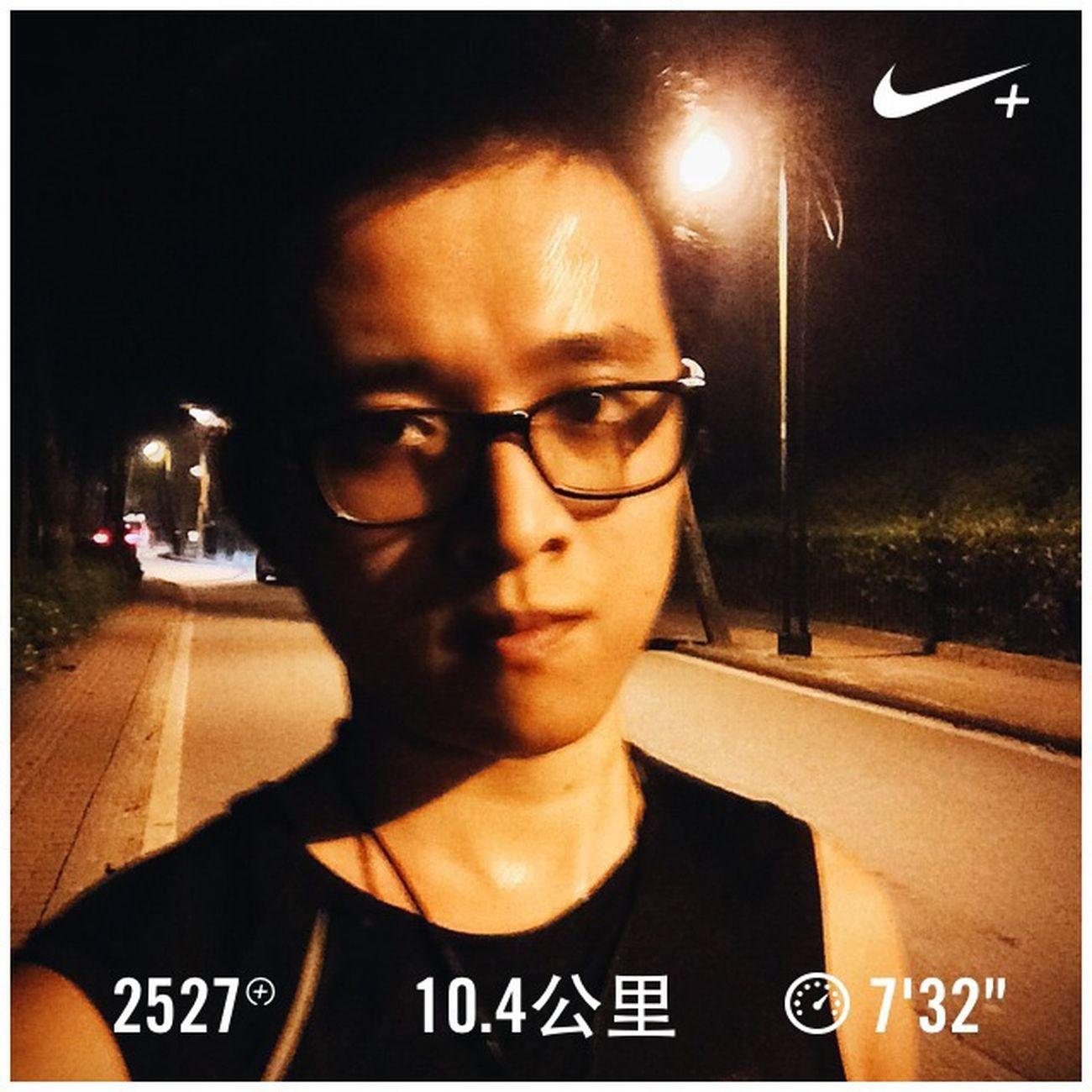 今晚好闷热… Running