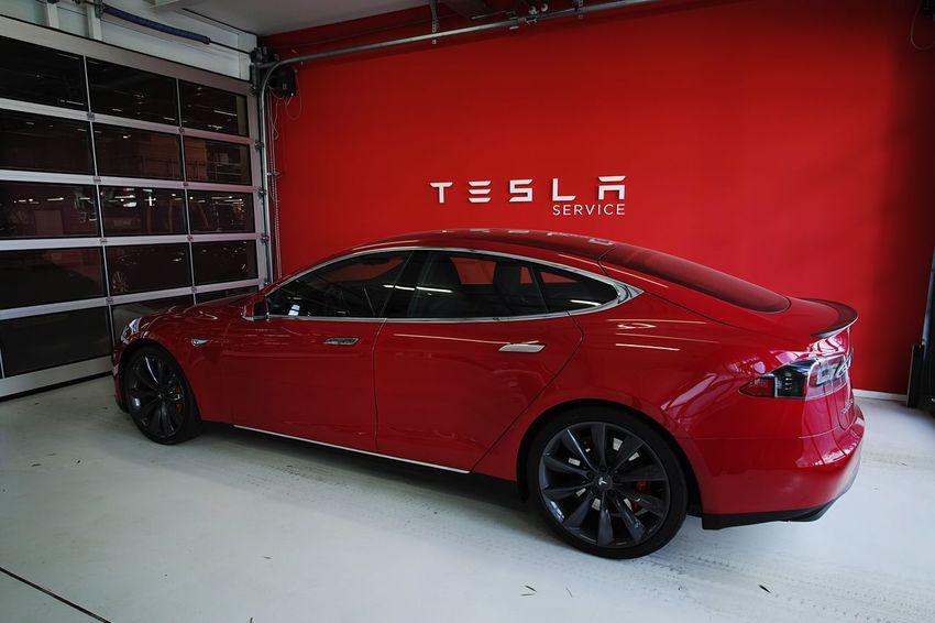 Tesla Teslamotors Amsterdam P90d Ev Car Electric Car