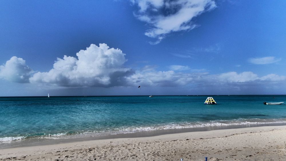 Selected For Premium Selected For Premium. Turks Turks And Caicos Islands Turks And Caicos Turksandcaicos Sea Beach Water Sky Horizon Over Water Cloud - Sky Beauty In Nature Scenics Tranquil Scene Day Blue Outdoors Nautical Vessel Sand Nature No People Tranquility Vacations