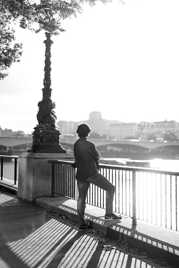 ~ somehow, we'll fine it. The balance bewteeen we we wish to be & who we need to be London Londonlife Streetphotography Blackandwhite Chasing Light Photooftheday