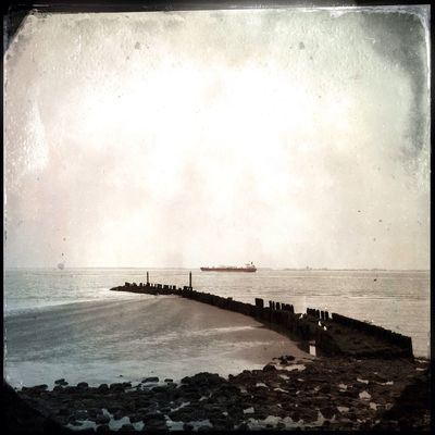 hipstamatic at Michiel De Ruyterhaven by Donna Nadia