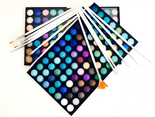 Color Colors Colour Palette Palette Palettes Palette Colors Ombretto Pennello Pennelli Brush Brushes Multi Colored Still Life Colorful Vibrant Color No People Repetition White Background Creativity Blue #A Bird's Eye View