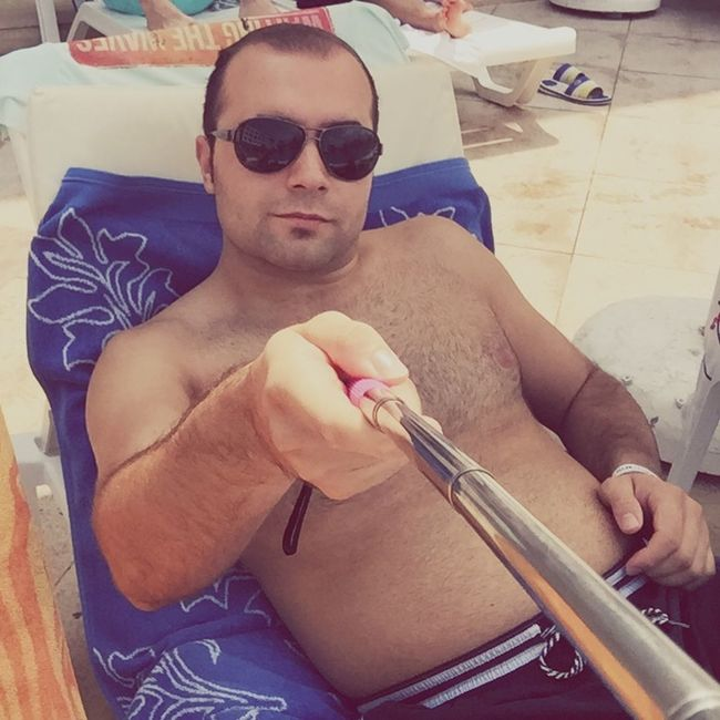 Havuz selfisi On The Pool