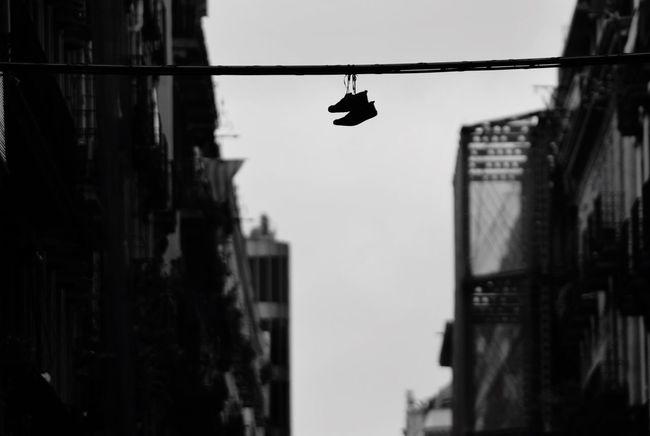 Blackandwhite Photography Blancoynegro Blackandwhite Eye4black&white  Botas Colgadas Streetphotography Streetphoto_bw Street Photography Bnw_collection EyeEm Bnw Bnw Barcelona