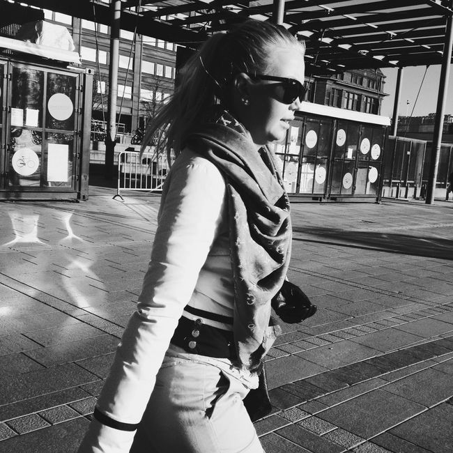 "08.40am in Helsinki ""Miss Sunshine"" by @tarulp as part of The24HourProject 24hr15 24hr15_Helsinki 24hourproject For more information please visit the @24hourproject Streetphotography Streetphoto_bw AMPt_community Mobilephotography"