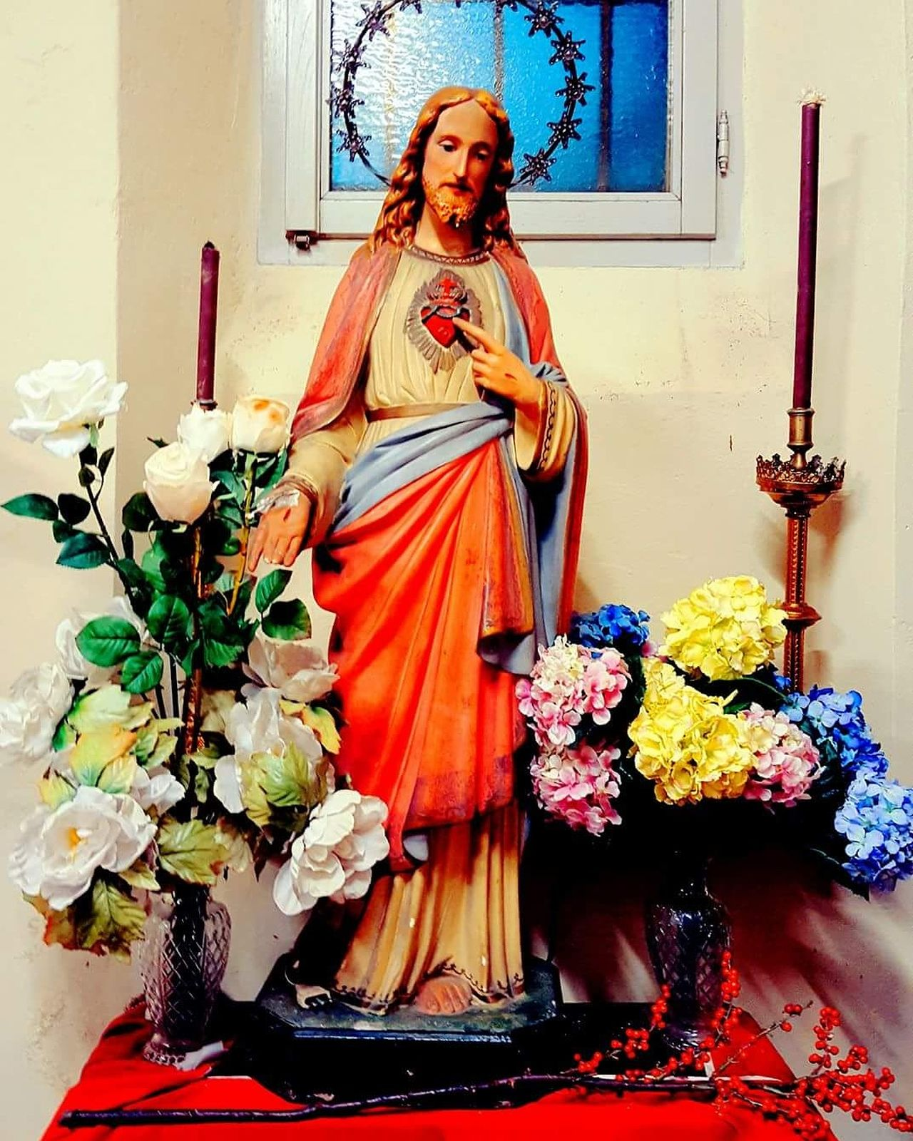 Gesù  Jesus Jesus Christ Jesuschrist Jesuscristo Jesus Statue Jesusculture JesusIsLord Jesus Cristo Cristo Redentor Cristoredentor Cristo Rei Adults Only Indoors  One Woman Only People Adult One Person Only Women