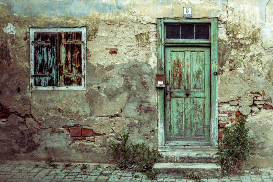 Architecture Architecture Architecture_collection Building Building Exterior Built Structure Close-up Closed Day Decay Door House Lostplaces No People Old Buildings Old House Outdoors Street Photography Streetphotography Window The Secret Spaces