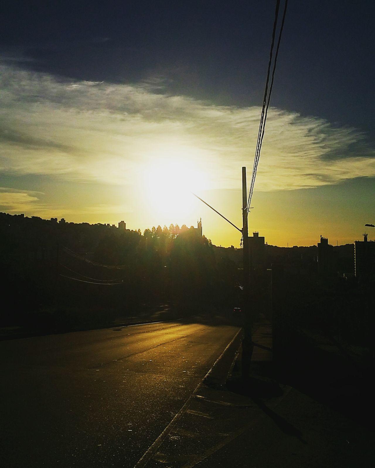 Sunset Cloud - Sky Photography Fotografia Eyeemphotography Photolovers Luminous Sole...☀ Pordosol Smartphonephotography Mobilephotography Mobilephoto Belohorizontecity Belo Horizonte, Brasil Minas Gerais-Brazil Sun