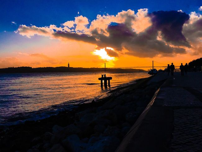 Fresh Air Hello World Walking Around Peoplephotography People Photography Sunset Enjoying Life Bridge