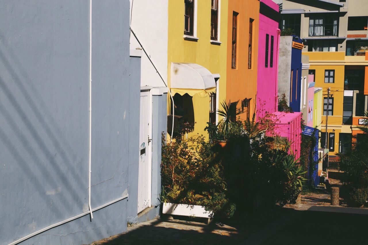 Architecture Built Structure Building Exterior No People Outdoors Day Bo Kaap Cape Town Architecture Bo Kaap South Africa Travel Destinations Town Colorful Palette Of Colors Facades Facade Building