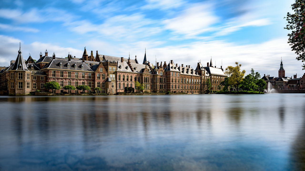 Beautiful stock photos of reisen, Binnenhof, Blue, Capital Cities, Castle