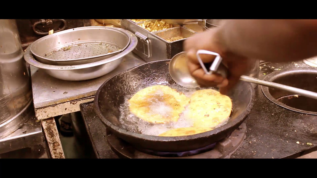 Breakfast Chandnichowk Cooking Delhi Delhi Metro Delhi Streets Delhi, India Eating Flowers Food Foodphotography Freshness India Gate India Travel Paranthe ParantheWaliGali Photographer Photography Ready-to-eat Refreshment First Eyeem Photo