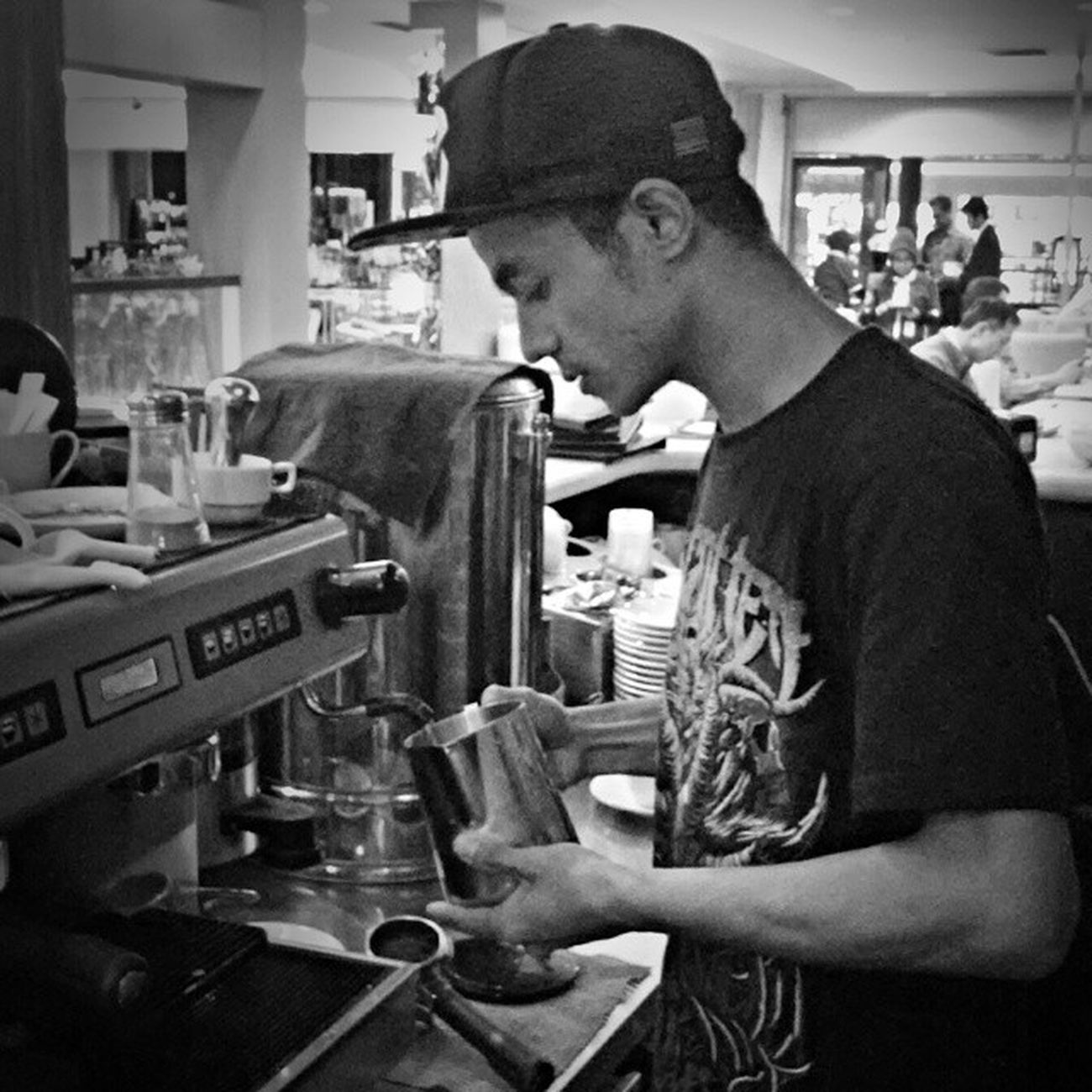 Anclomkeun TetapCadas Barista Indonesianbarista Metal FansClub terlaknat forgotten666 PUPPEN carimali instacoffee lattegram coffee coffeeaddict MetalHeads SmokinEngineMetal keheadproject profesi realistis