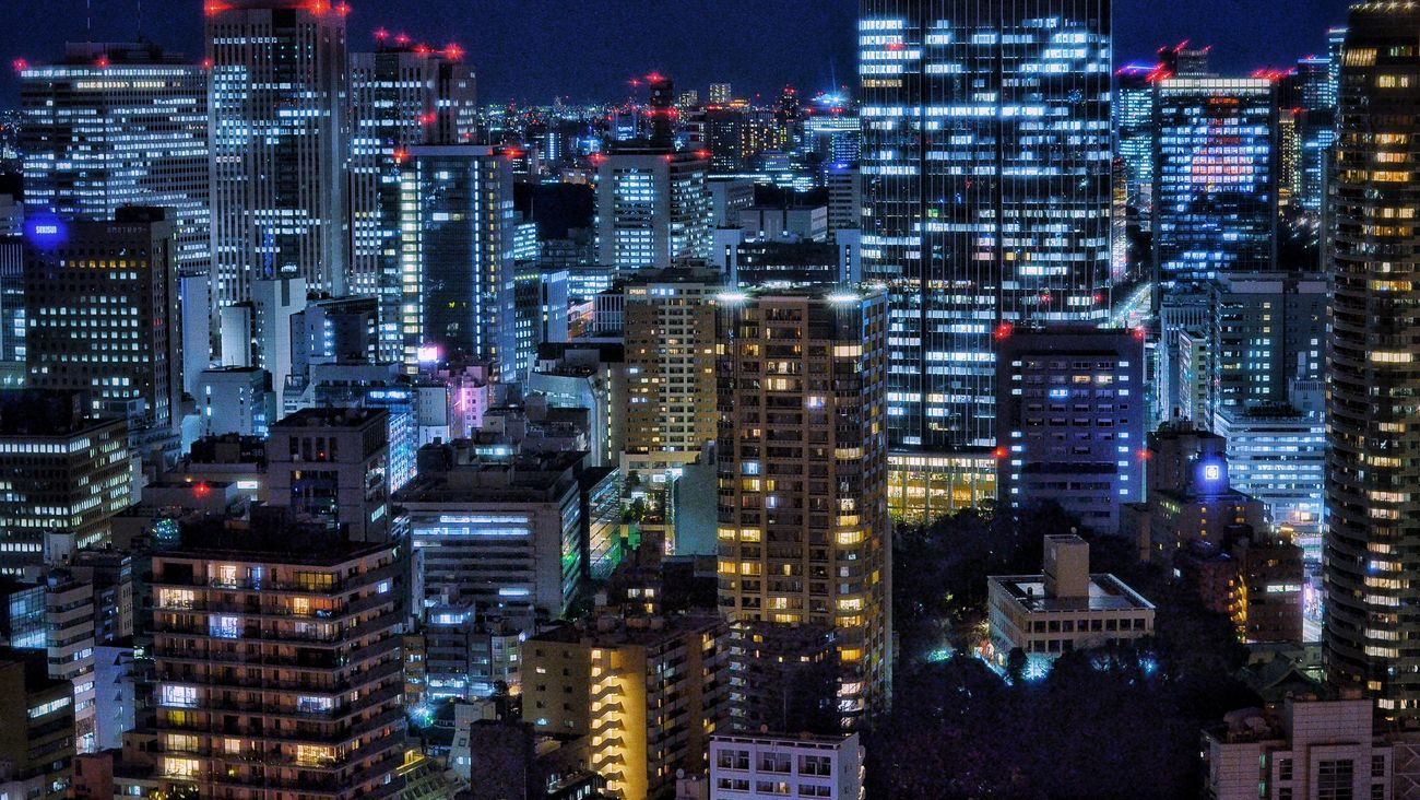 東京タワー展望台から View From The Window Observatory Tokyo Tower Night Photography From My Point Of View Night Lights Night City City Lights At Night Tokyo Night City View Geometric Shapes Buildings Light And Shadow Tokyo,Japan January 2017 The Architect - 2017 EyeEm Awards