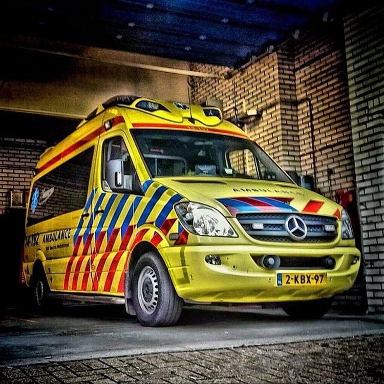Weekendje op de 92! Ambulance Hilversum Blaricum Bussum laren huizen weesp muiden dmvda