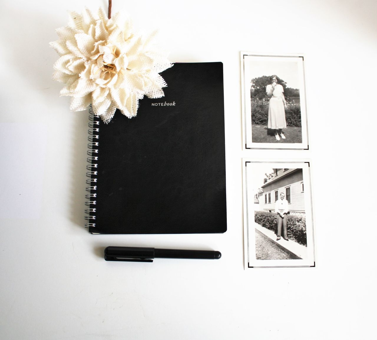 Blogphotography Day Flatlay Flower Indoors  Memories Memoriesforlife No People Pen And Paper Photograph Studio Photography Studio Shot Time To Reflect Time To Relax Vintage Vintage Photo White Background Write Writer Writing Beautifully Organized Lieblingsteil