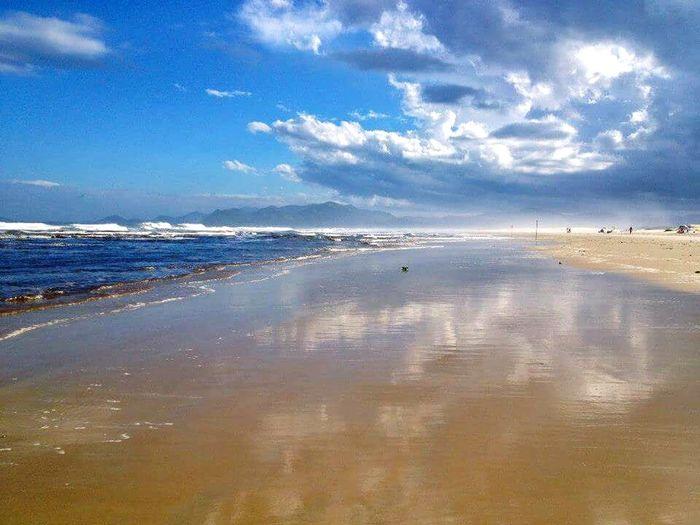 Water Beach Reflection Sea Blue Waterfront Scenics Sky Coastline Cloud - Sky Ocean Shore Seascape Espejismos Espejo De Agua Mirroreffect Clouds Beauty In Nature Tranquility Wave Paraíso Tranquil Scene
