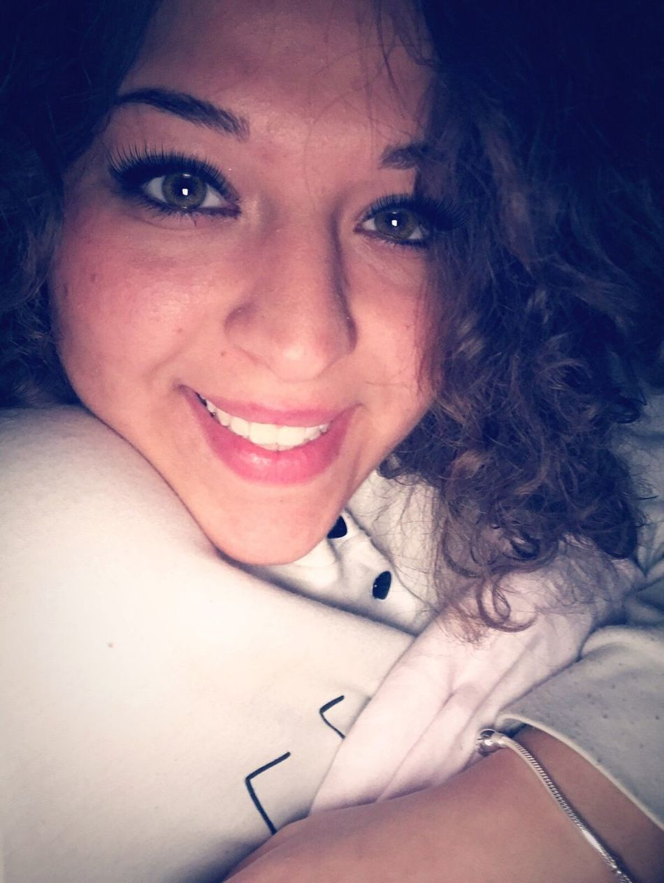 Goodmorning..😊 Goodmorning☃️ Me Napoli ❤ Woman Istacoment Goodmorning World  Kisses❌⭕❌⭕ Smile❤ Goodmorning EyeEm  GoodMorning⛅ Beautiful ♥ OcchiettiBelli Buenas Días!  Napoletana❤️ Smile Instafollow Girl Italy❤️ Atwork👶👼💻📱