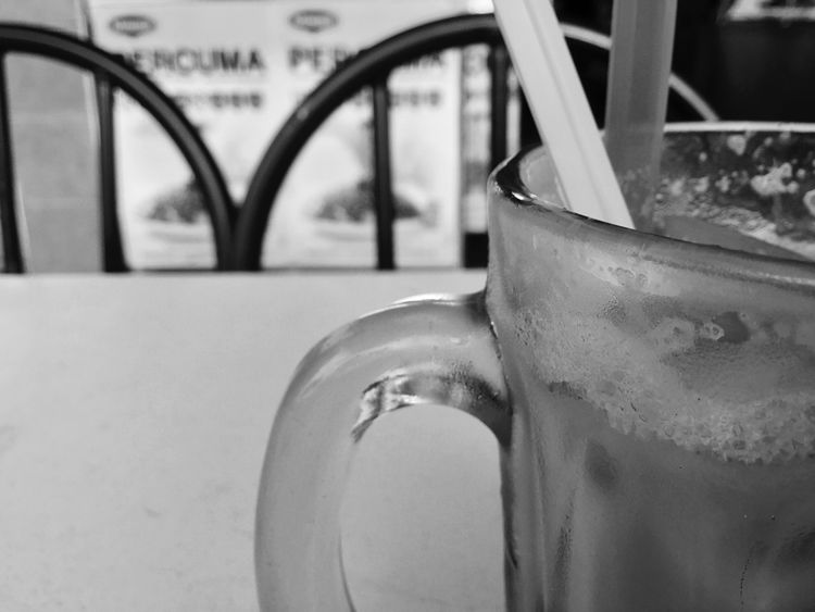 Close-up Drink No People Day Outdoors Blackandwhite IPod Touch Photography IPod Touch DuaEnamKosongLima