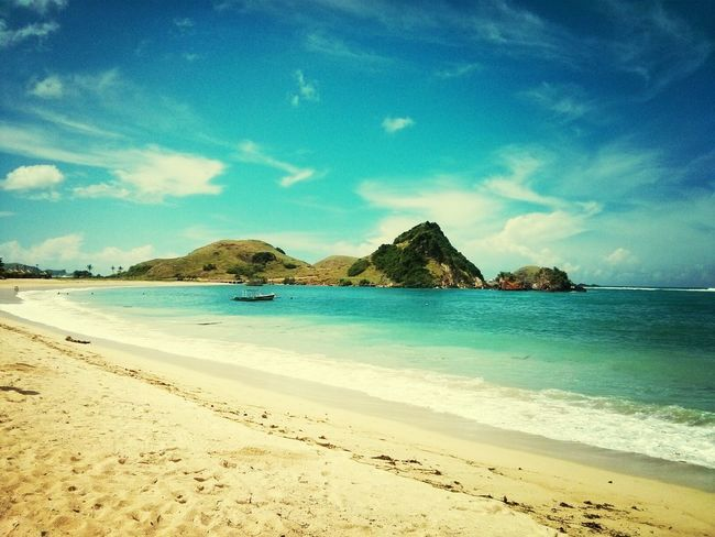 INDONESIA Indonesia Photography  Lombok Landscape Landscape_Collection Beach Connected With Nature Sea Scenics Beauty In Nature Sand Nature Sky Outdoors Blue Horizon Over Water Mountain
