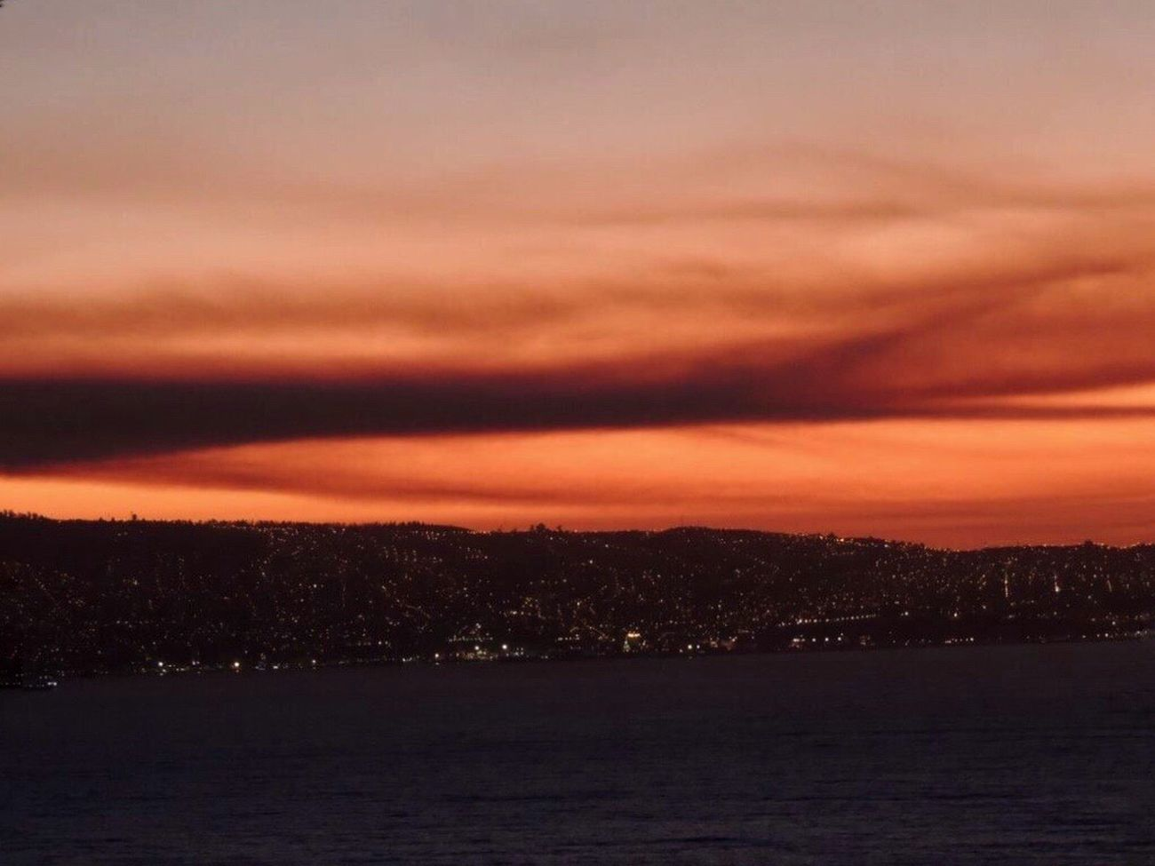 Check This Out Valparaiso View Fire In The Sky City Lights After The Sunset Hills Scenics Dusk Sky And Clouds Dramatic Sky Sea And Sky From My Lens Reñaca Beach , Chile