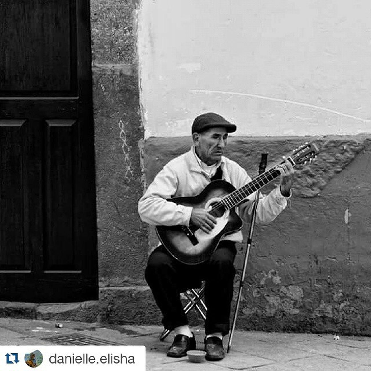 Repost @danielle.elisha ・・・ He is blind, yet his music helps him see and feel what his eyes cannot. His music is simple, full of passion and love. A simple man, a simple song. Photography Candid Travel Culture Cusco Candid Explore Peru Blind Sing Adventure Canon Andesmountains Natgeo Goeverywhere Liveeverything Seetheworld  GoDo Bekind Music Thephotosociety Tourtheplanet