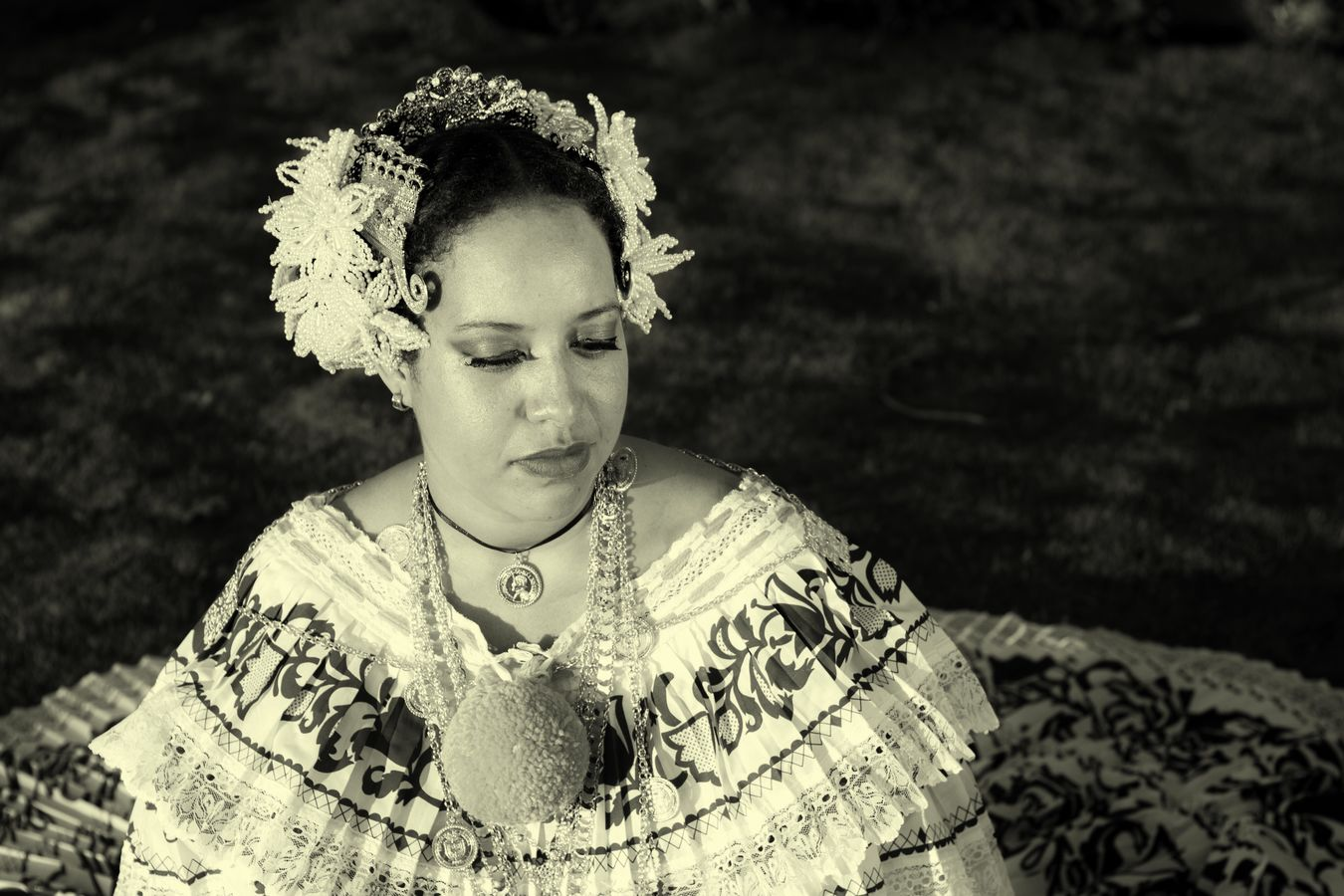 Pollera Panamá 🇵🇦 Person History Outdoors Pollera Falda Larga Tembleque Tembleques Dance
