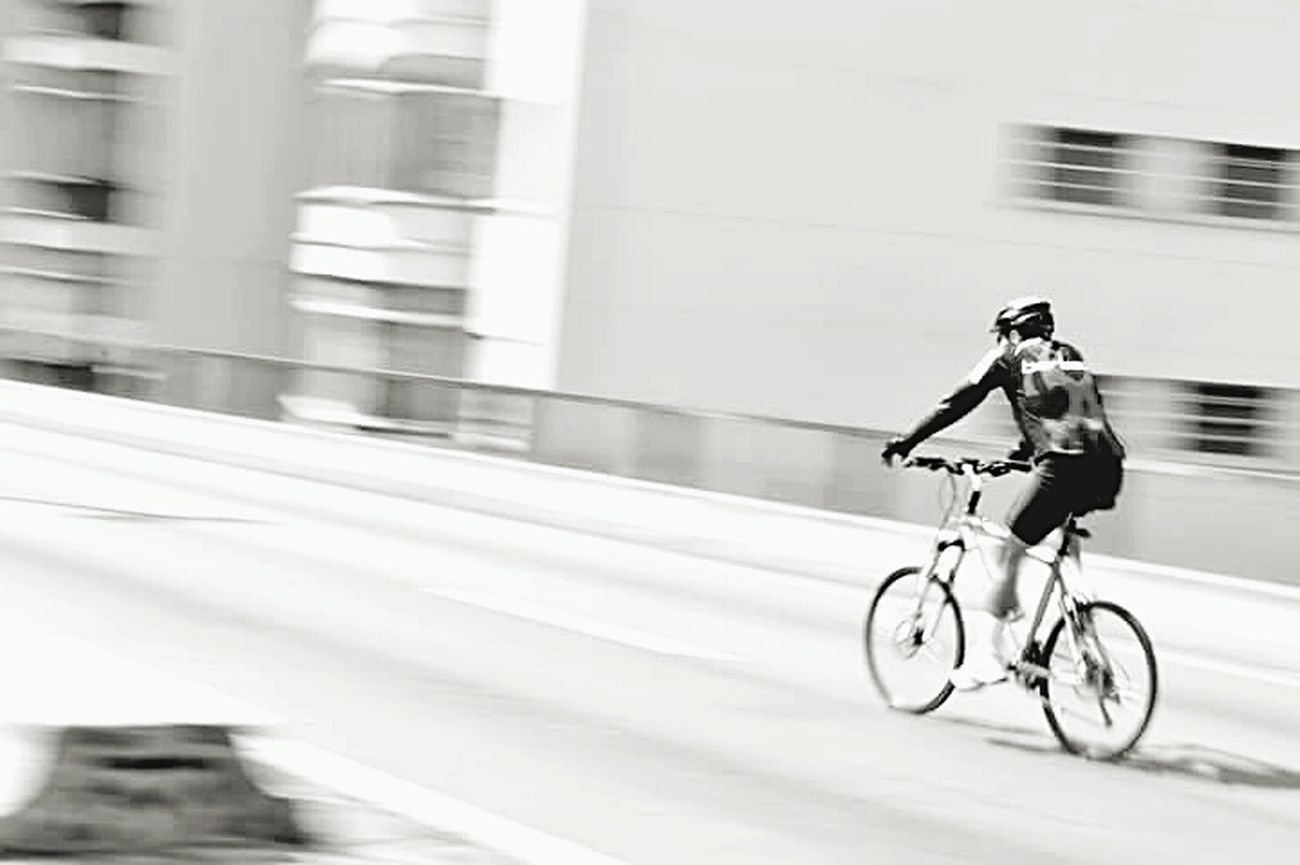 Cycling Bicycle Street Life Black & White Sreetphotographer Transportation City 3XSPUnity