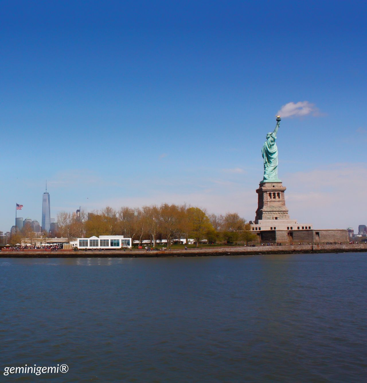 Newyork Newyorkcity America USA Hudsonriver Cruise Statueofliberty Smoke Cloud Favourite Picture Geminigemiphoto® Mydream Dreamcametrue April 2016 Trip Holiday Happyday Happy 🇺🇸🏙🗽