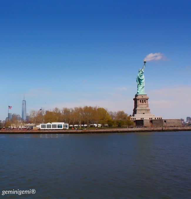 Newyork Newyorkcity America USA Hudsonriver Cruise Statueofliberty Smoke Cloud Favourite Picture Geminigemiphoto® Mydream Dreamcametrue April 2016 Trip Holiday Happyday Happy 🇺🇸🏙🗽