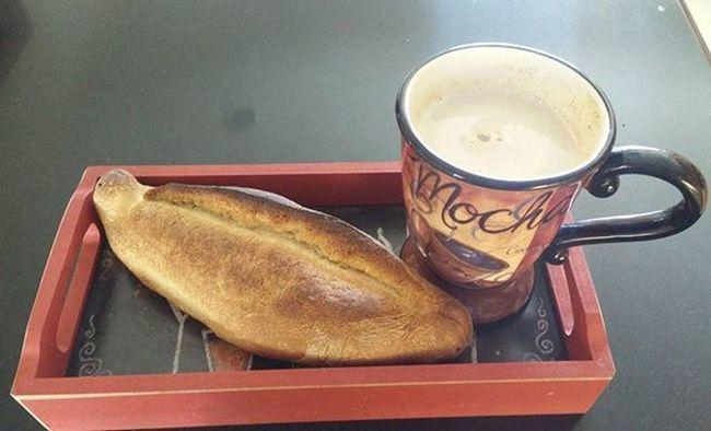 De mis Desayunos favoritos, Cafeconleche sopeado con Bolillo Streetfood Worldwide