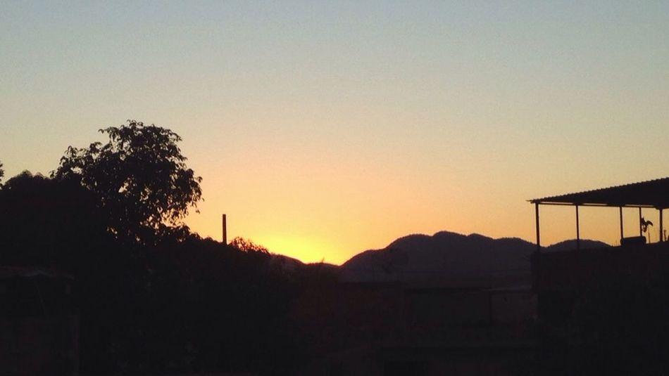 Daqui de sima Day Sunset Mountain