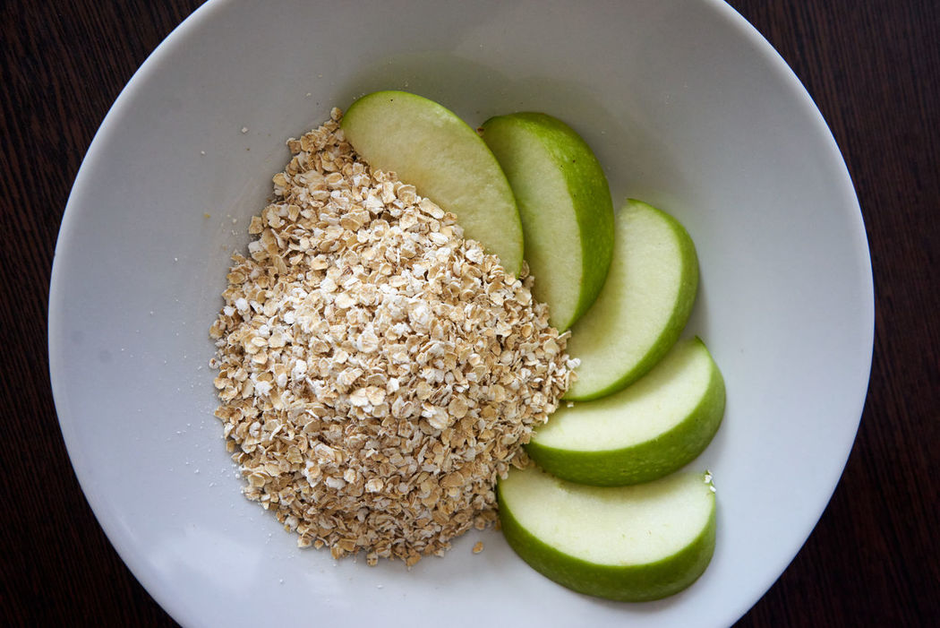 Apple Breakfast Healthy Healthy Food Healthy Lifestyle Oat Flakes Oatflakes Oats Out Flakes